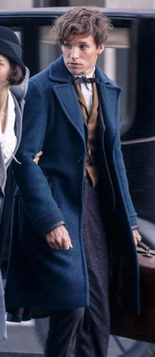 fantastic-beasts-and-where-to-find-them-eddie-redmayne-blue-coat