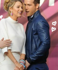 27-Times-Blake-Lively-And-Ryan-Reynold-Blue-Jackets